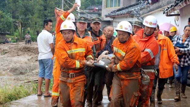 Seisme: le Premier ministre Nguyen Xuan Phuc exprime a la Chine la solidarite du Vietnam hinh anh 1
