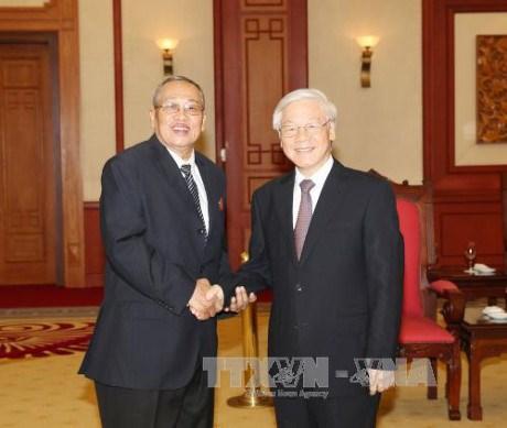 Nguyen Phu Trong recoit des controleurs du Parti du peuple cambodgien hinh anh 1
