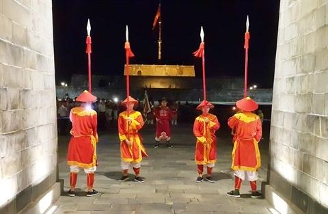 L'ancienne Cite imperiale de Hue revet ses habits de lumiere hinh anh 2