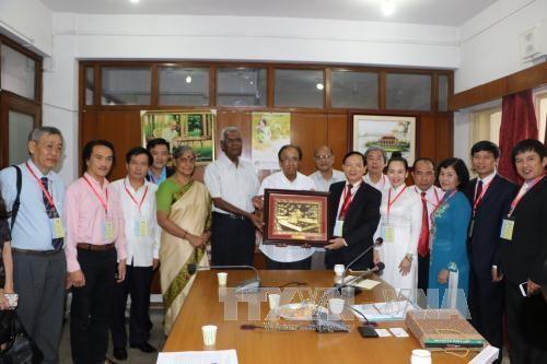 Une delegation du peuple vietnamien en Inde hinh anh 1