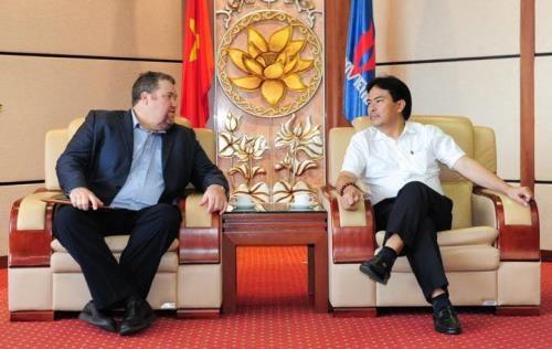 L'AES souhaite investir dans la centrale thermique au gaz au Vietnam hinh anh 1