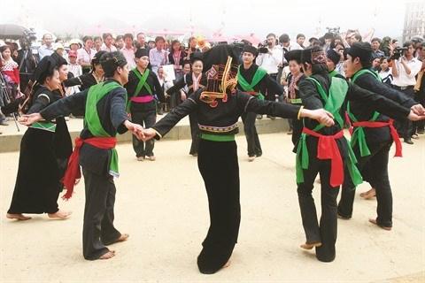 Les tenants de la tradition de l'ethnie Cong ravis a Lai Chau hinh anh 1