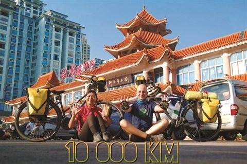 Un couple vietnamo-hongrois et son periple de 11.000 km a velo hinh anh 4