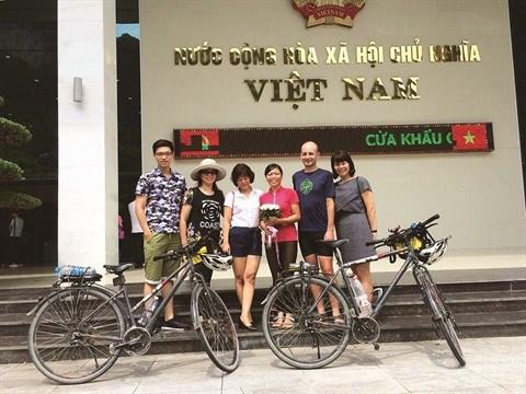 Un couple vietnamo-hongrois et son periple de 11.000 km a velo hinh anh 6