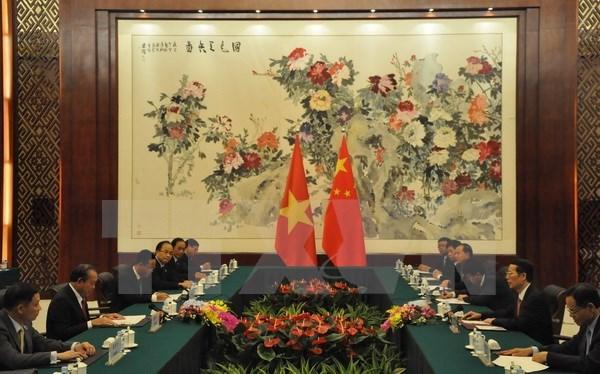 Vietnam-Chine: le vice-PM permanent Truong Hoa Binh rencontre le vice-PM Zhang Gaoli hinh anh 2