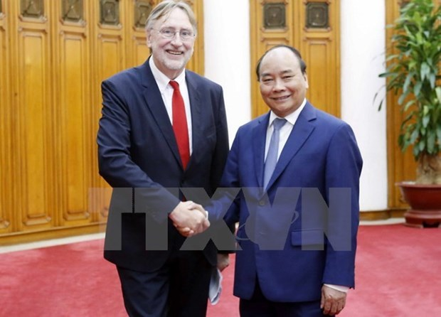 Le Vietnam accorde une priorite absolue a la signature de l'EVFTA hinh anh 1