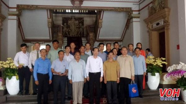 Une delegation de Xieng Khouang en visite a Ho Chi Minh-Ville hinh anh 1