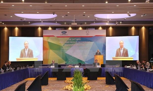 Le PM Nguyen Xuan Phuc appelle l'APEC a soutenir les PME hinh anh 1