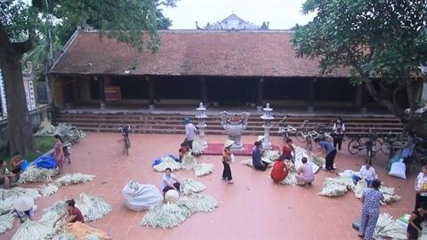 A Chuong, le village qui preserve la quintessence du non hinh anh 3