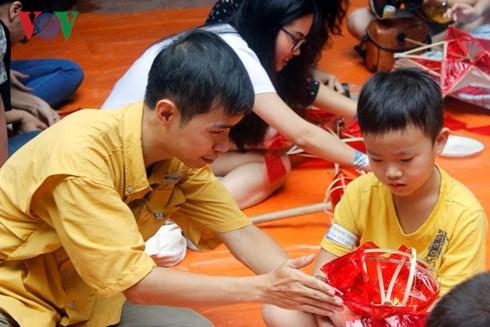 Remettre les jouets traditionnels a l'honneur hinh anh 1