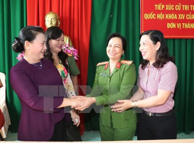 La presidente de l'AN a l'ecoute des electeurs du district de Phong Dien de Can Tho hinh anh 1