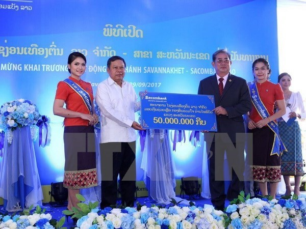 Sacombank Lao continue d'etendre sa presence au Laos hinh anh 1