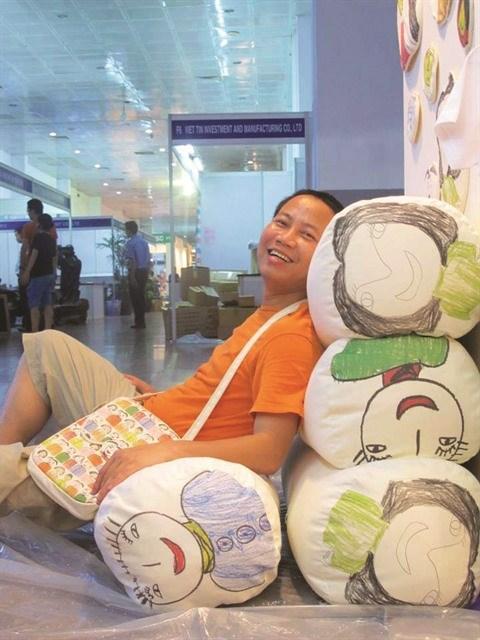 Dinh Nguyen, le peintre en quete de la naivete picturale hinh anh 2