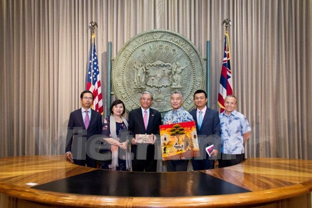 L'ambassadeur du Vietnam visite le PACOM et l'Etat d'Hawai hinh anh 1