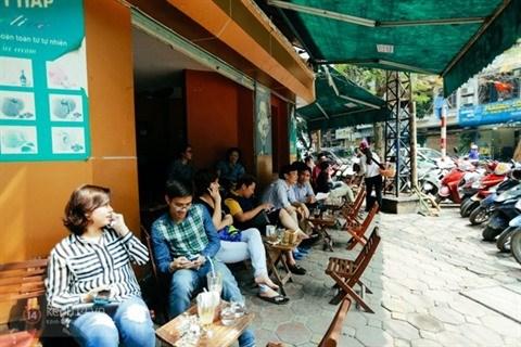 La culture de la cuisine de trottoir a savourer au cœur de Hanoi hinh anh 1