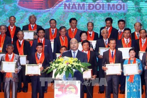 Le chef du gouvernement salue le talent, la creativite des agriculteurs vietnamiens hinh anh 1
