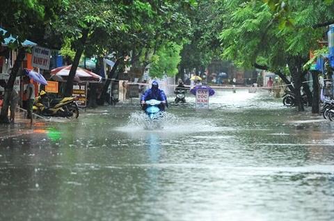 Debat sur les impacts des inondations du Vietnam a Paris hinh anh 1