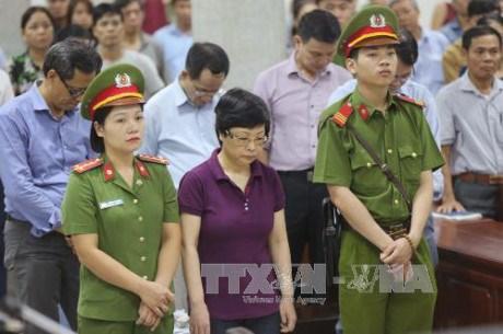 Chau Thi Thu Nga condamnee a la reclusion a perpetuite hinh anh 1