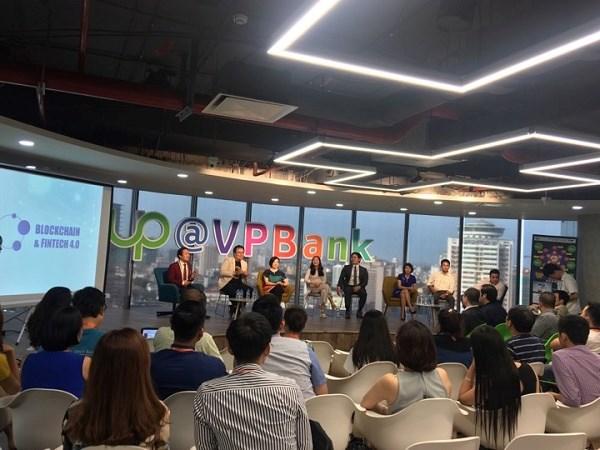 La revolution industrielle 4.0 ouvrira de nombreuses opportunites aux start-up hinh anh 1
