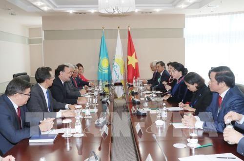 Le Vietnam souhaite resserrer ses relations avec le Kazakhstan hinh anh 2