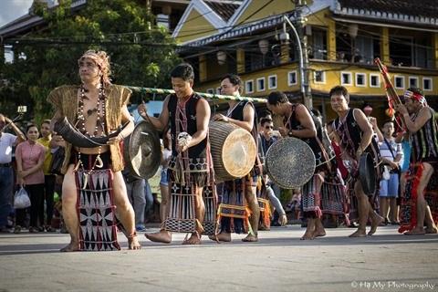 Le photographe francais Rehahn aspire a convier les ethnies du Vietnam hinh anh 2