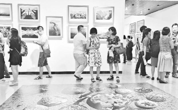 La photographie vietnamienne a de beaux jours devant elle hinh anh 1