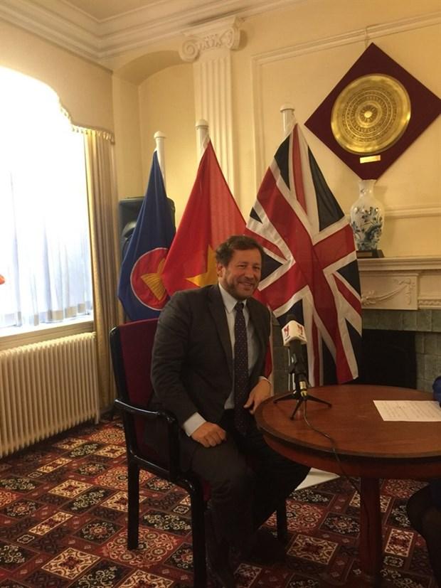 Le Royaume-Uni espere conclure un ALE avec le Vietnam hinh anh 1