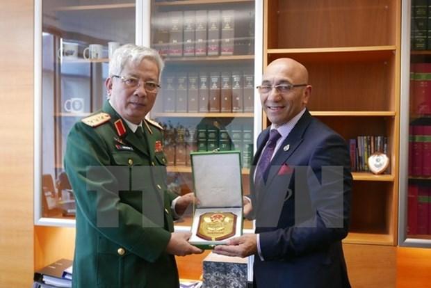 Renforcement de la cooperation Vietnam-Nouvelle-Zelande dans la defense hinh anh 1