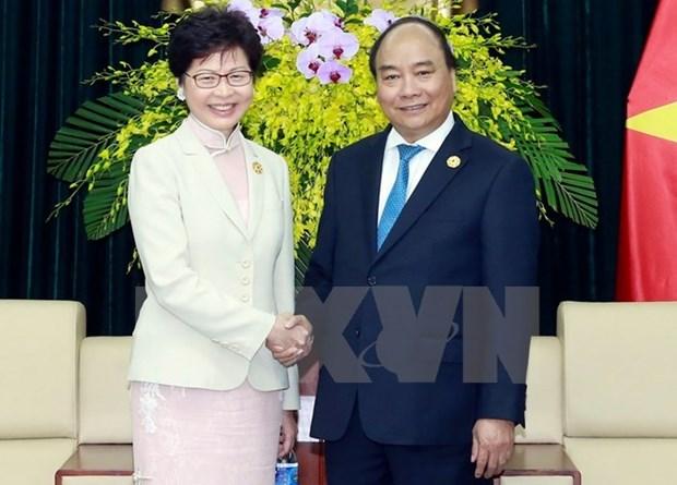 Le PM Nguyen Xuan Phuc recoit le chef de la region administrative speciale de Hong Kong (Chine) hinh anh 1