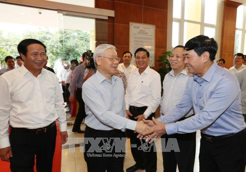 Le secretaire general Nguyen Phu Trong travaille a Hai Phong hinh anh 2