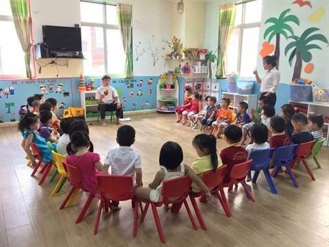 Promulgation du programme-cadre d'anglais pour les enfants de maternelle hinh anh 1