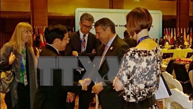 Les pays veulent renforcer leur cooperation multiforme avec le Vietnam hinh anh 1