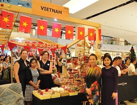 Bangkok: le Vietnam au 64e Bazar de la communaute diplomatique hinh anh 1