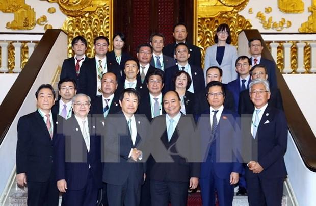 Le PM s'attend a une expansion des entreprises japonaises et coreennes au Vietnam hinh anh 1