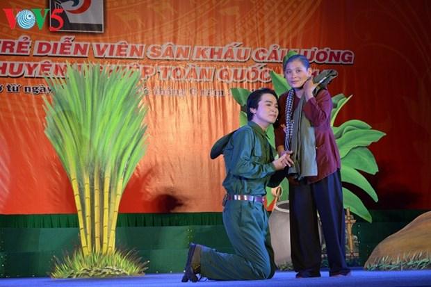 Le theatre renove donne des ailes aux jeunes talents hinh anh 2