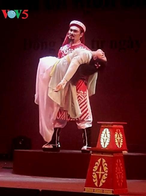 Le theatre renove donne des ailes aux jeunes talents hinh anh 1