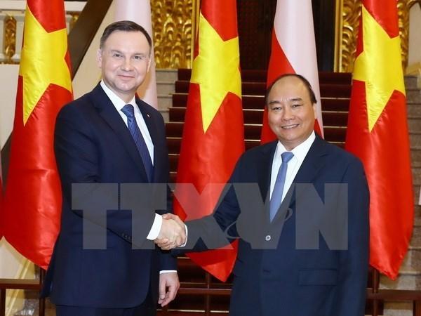 Entrevue le PM Nguyen Xuan Phuc et le president polonais Andrzej Duda hinh anh 1