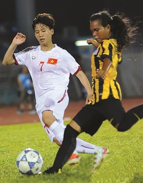 Football : Tuyet Dung nommee parmi les 100 femmes inspirantes par la BBC hinh anh 2
