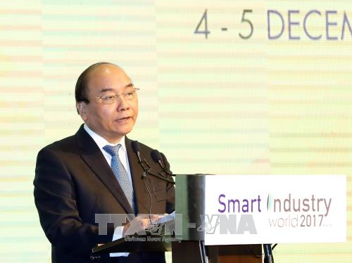 Le Vietnam s'emploie a developper des industries intelligentes hinh anh 1