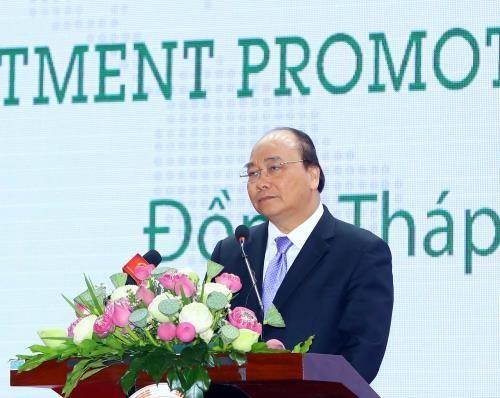 Le Premier ministre Nguyen Xuan Phuc exhorte Dong Thap a promouvoir l'interconnexion hinh anh 1