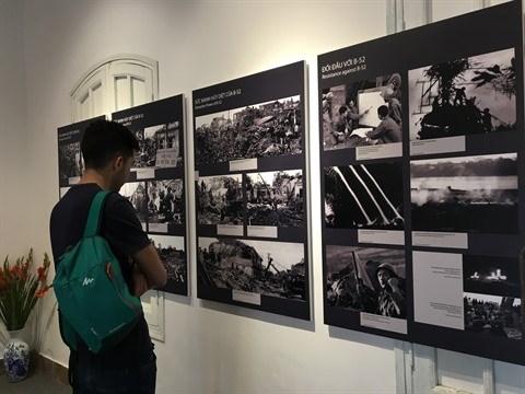 Une exposition retrace la victoire de Hanoi - Dien Bien Phu aerien hinh anh 1