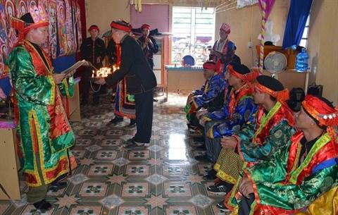 Le cap sac, ceremonie de passage a l'age adulte des Dao, postule a l'UNESCO hinh anh 1