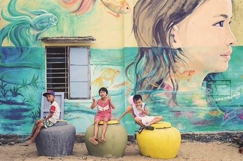 Quand l'art change la vie d'un village de pecheurs dans le Centre hinh anh 3
