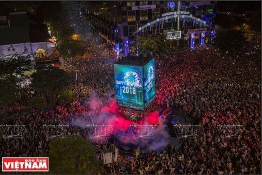 Le pays celebre le passage a 2018 en liesse hinh anh 1