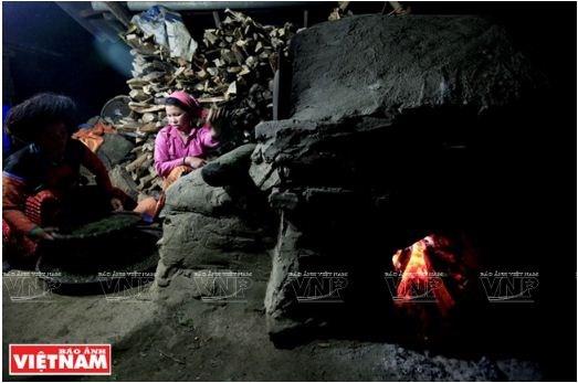 Le the Shan tuyet Ta Xua, plus de 200 ans et toutes ses feuilles hinh anh 4