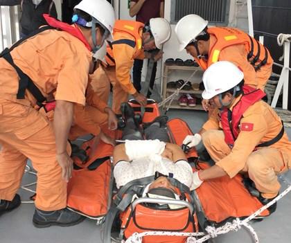 Ba Ria – Vung Tau : secours a deux marins etrangers en danger hinh anh 1