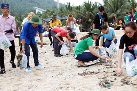 Developpement du tourisme rime avec protection de l'environnement hinh anh 2