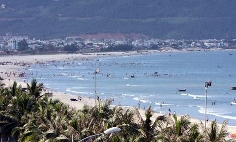 Developpement du tourisme rime avec protection de l'environnement hinh anh 1