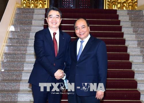 Le PM Nguyen Xuan Phuc recoit le directeur general de Doosan Vina hinh anh 1