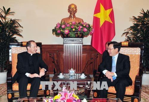 Le sous-secretaire du Vatican pour les relations avec les Etats se rend au Vietnam hinh anh 2